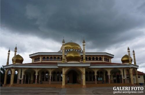 Masjid Agung Darussalam